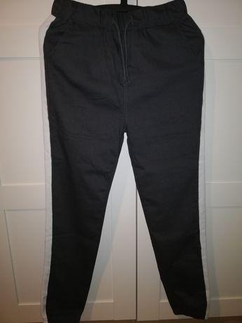 Spodnie materiałowe roz. M