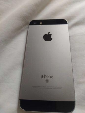 iPhone se para peças