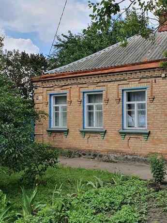 Продам полдома с отдельным двором р-н Новониколаевки