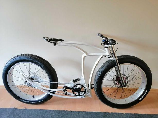 Custom Raptor AV Biks
