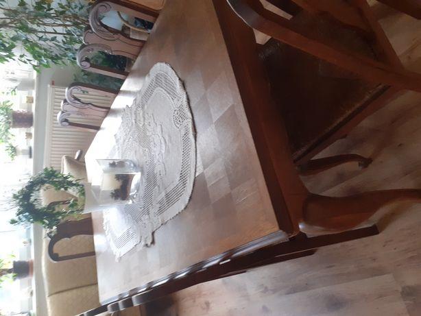 Stół z krzesłami antyk