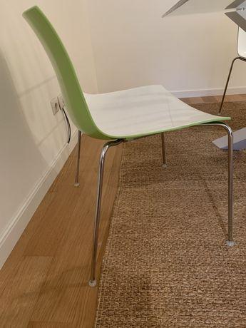 Cadeira Original Arper Catifa