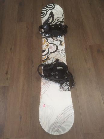 Deska snowboardowa 146 cm