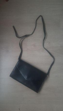 Torebka kopertówka czarna