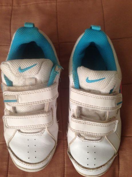 Кроссовки Nike на девочку