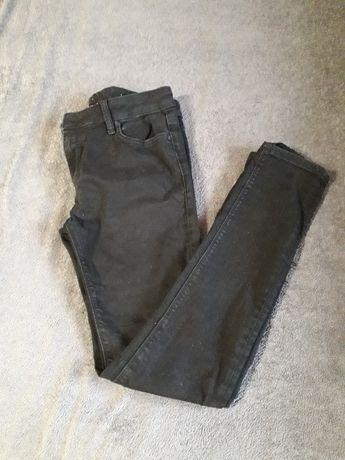 Отдам женские джинсы