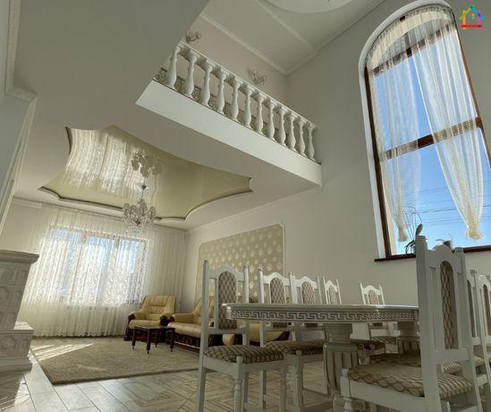 Продаж будинку с Наварія, 211 м2, 6 сотих, ремонт, гараж, терміново