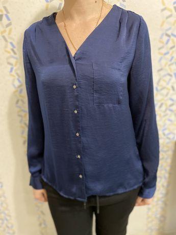 Женские блузки , футболки .
