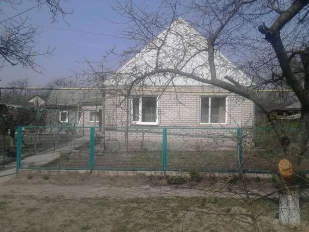 Продаю дом в центре города.