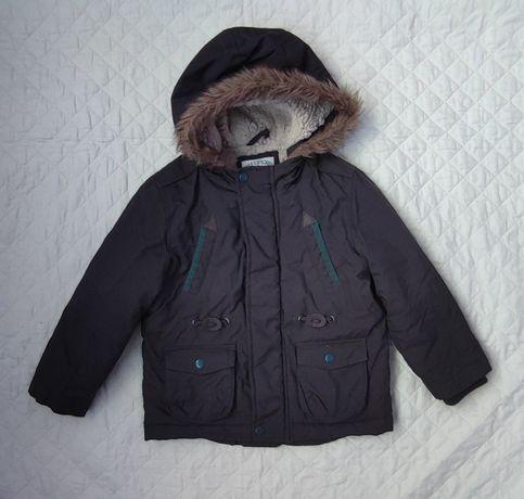 Зимова куртка на хлопчика 3-4 роки в ідеальному стані