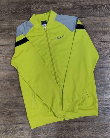 Кофта на подростка Nike.