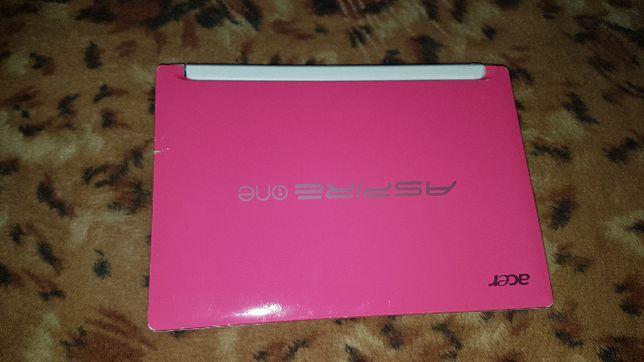 Нетбук Acer Aspire One Happy