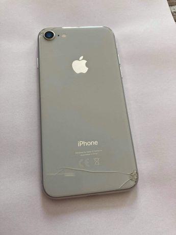 iPhone 8 używany 64g silver
