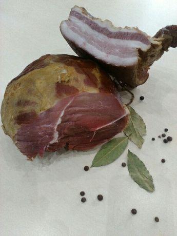 Wyroby z wiejskiego swiniaka. Wiejskie naturalne wyroby wędzone
