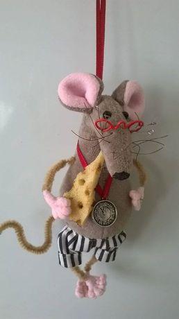 Крыса ручной работы