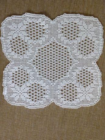 Bonito centro de mesa em crochet