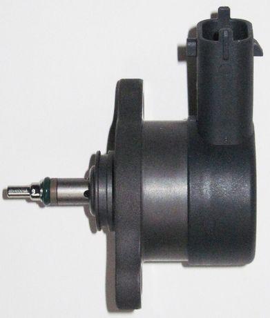 б/уРедукционный клапан топливной рейки Opel Combo