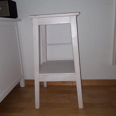 Stołek Ikea bejcowany na biało