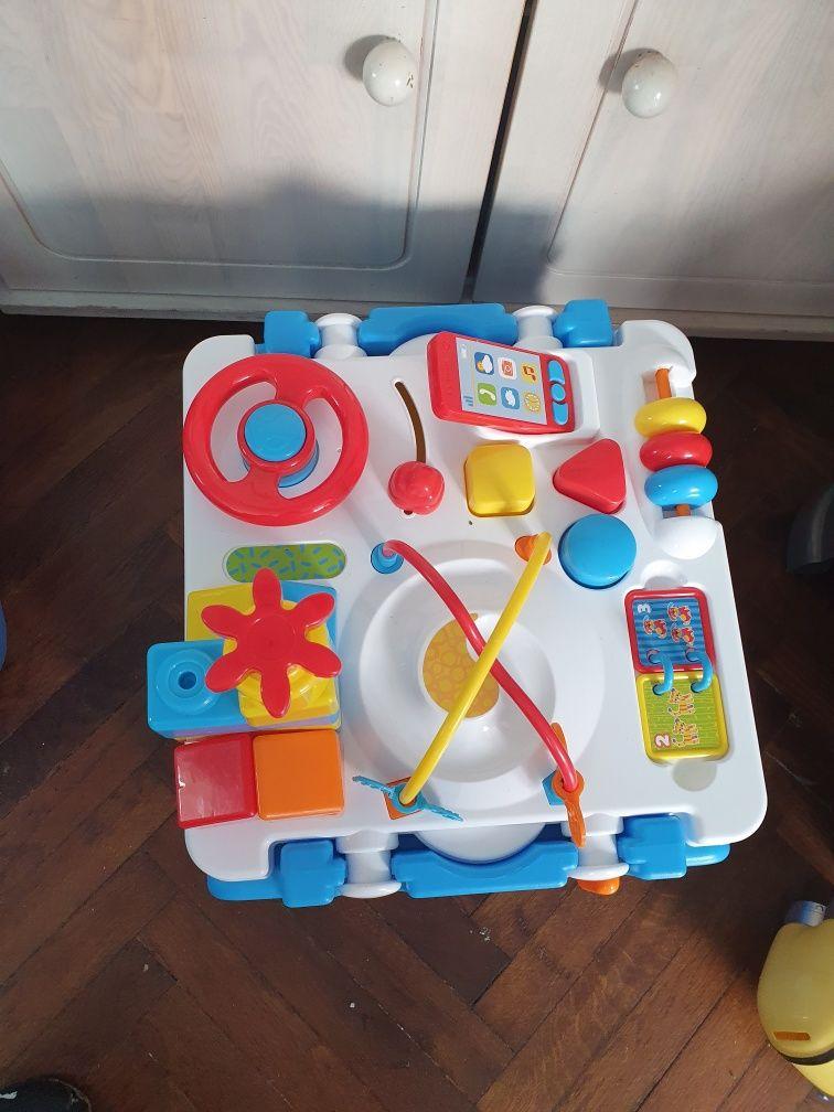 Stolik zabawka