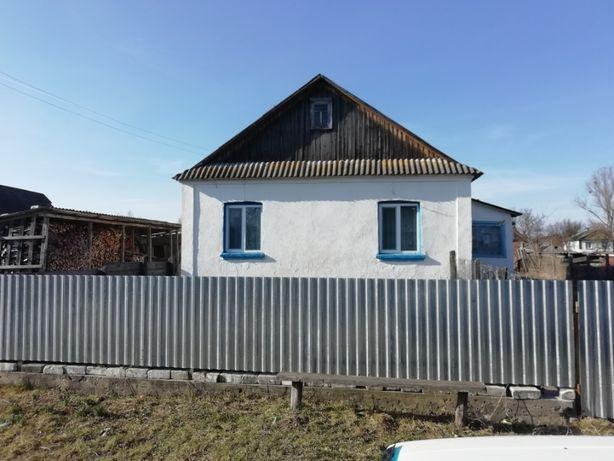 Продам бинок із земельною ділянкою в селі Старий Чорторийськ
