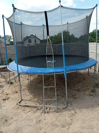 Sprzedam trampolinę 4,4 m