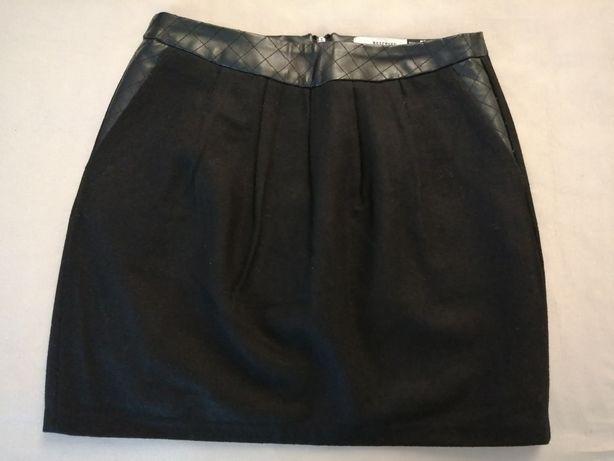 Używana spódnica mini roz. 34 Reserved