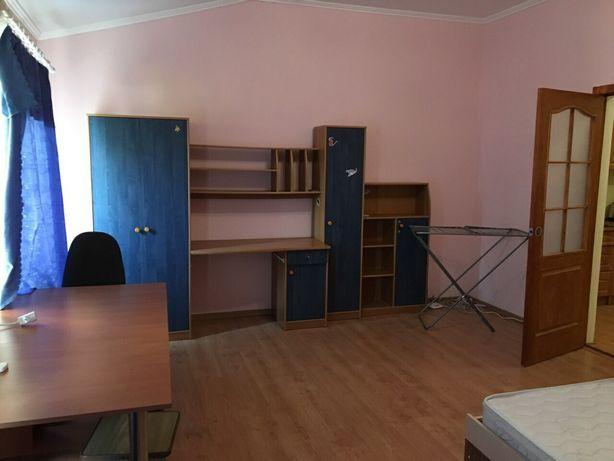 Квартира в малоквартирном новом доме в центре на ул.Разумовского!