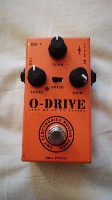 AMT O-Drive овердрайв с окрасом усилителей Orange