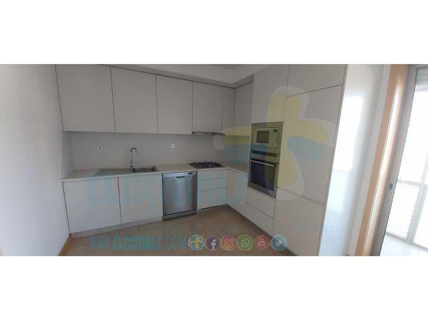 Apartamento T4 com excelentes áreas, 2 suites e perto do ...
