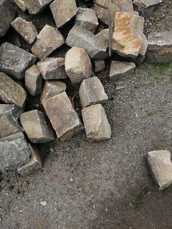 Granit 20-15cm gładki z jednej strony