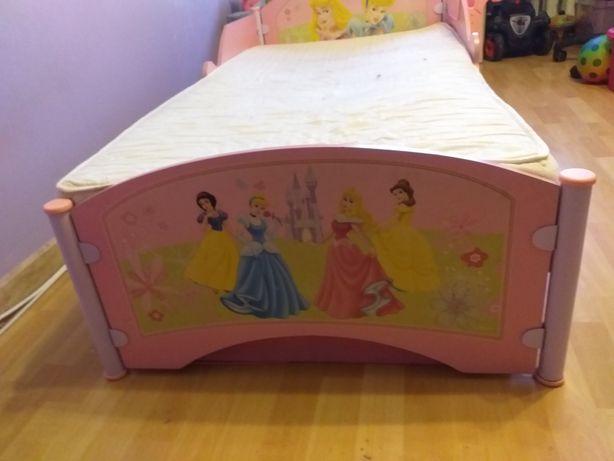 Łóżko dziecięce unikat z księżniczkami z Disneya 74cm/145cm.
