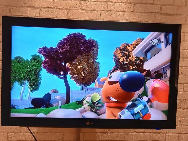 Telewizor LG 37 CALI model 37LK430 + uchwyt ruchomy