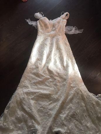 Свадебное платье б/у р.42-44