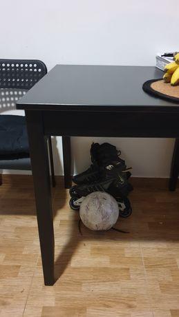 Mesa refeição + uma cadeira