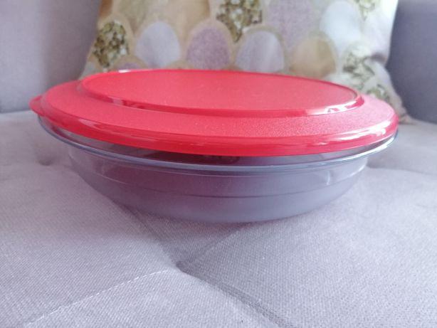 Pojemnik perła stołowa 1.3 l czerwona z kolekcji Tupperware - NOWA