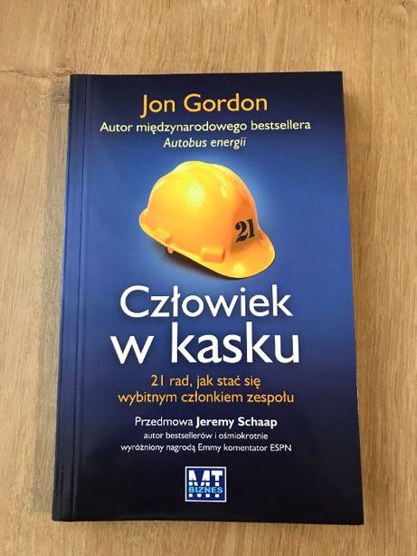 Jon Gordon Człowiek W Kasku