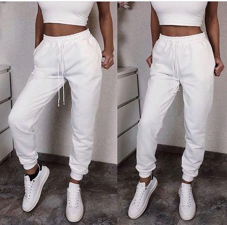 Продам новые белые спорт брюки New Yorker,Zara
