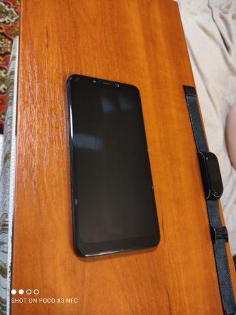 Xiaomi Pocophone F1(6-128)15000₽