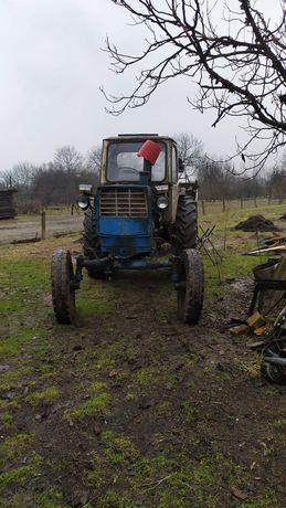 Трактор ЮМЗ 6 плуг, диски, прицеп