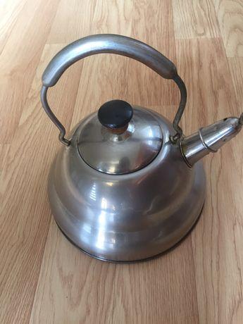 Чайник BergHoff