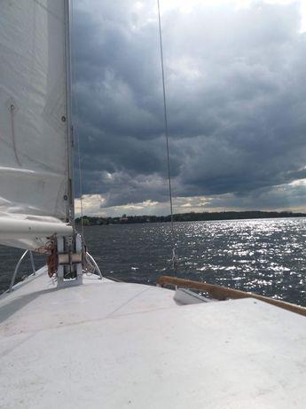Rezerwacja Jacht żaglówka Rambler oldtimer