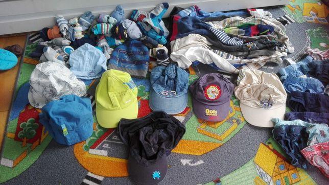 Czapki z daszkiem, kapelusze 1-3 latka r. 86-98