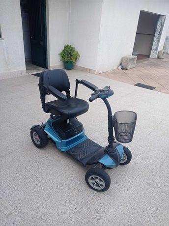 Scooter de mobilidade Stannah (marca premium)