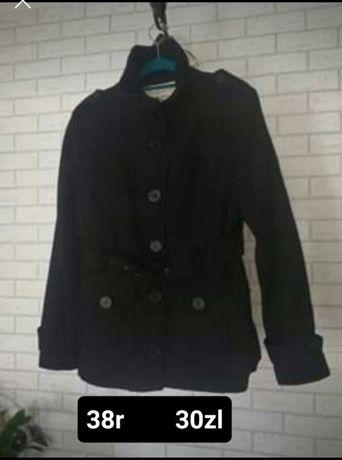 Płaszcz czarny 38r
