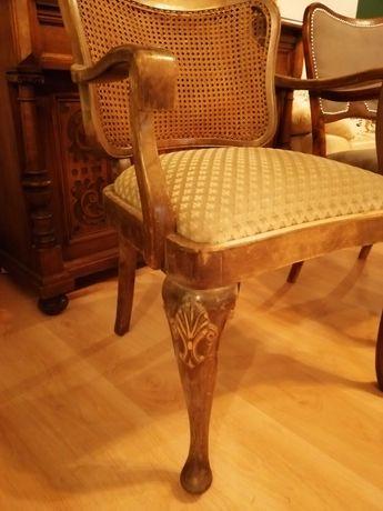 Ładny Stary Fotel