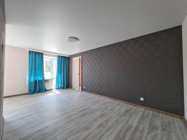 Продам 2-х комнатную квартиру в Центре на Бульваре Мирном