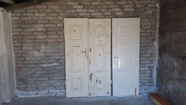 Drzwi - stare drewniane zabytkowe