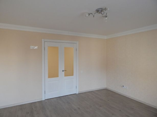 3-х комнатная раздельная квартира продажа метро Святошин Депутатс