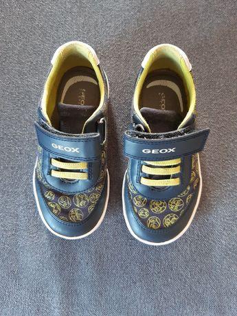 Buty dziecięce GEOX rozmiar 26 stan bardzo dobry