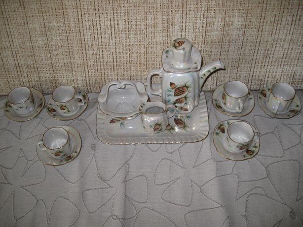 Кофейный сервиз на 6 персон, СССР, 1980-е гг.